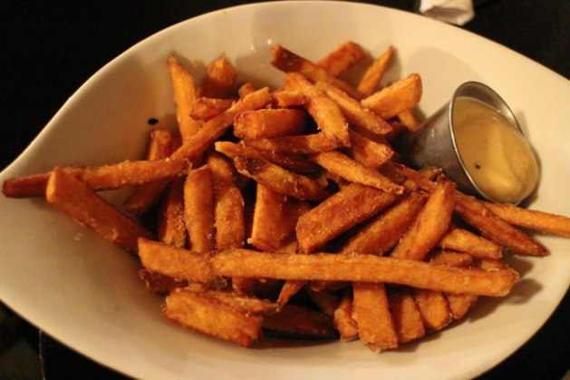 hamilton small fries | One Duke Restaurant | Hamilton Ontario | Pic 4